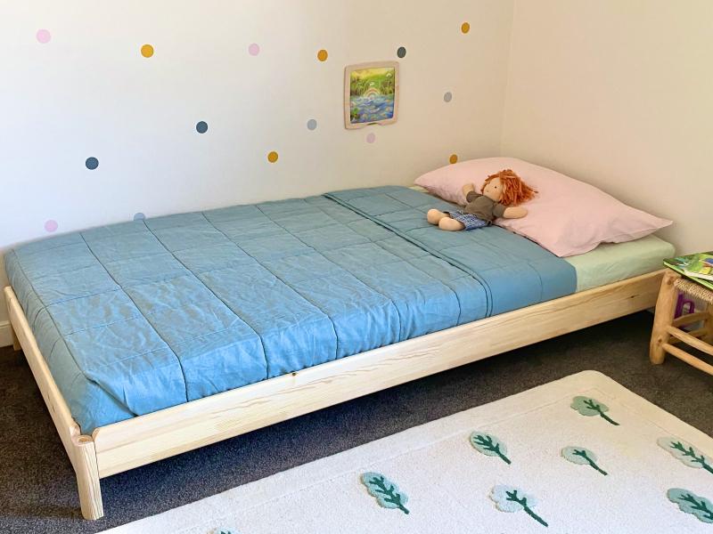 Montessori bed Ikea toddler at How we Montessori (3)