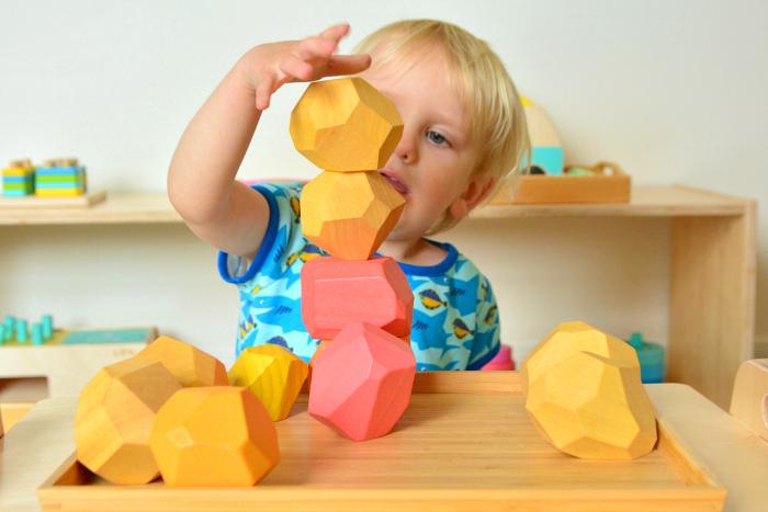 Tumi ishi at How we Montessori