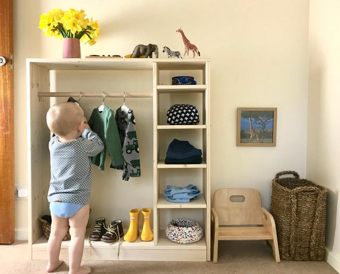 Montessori toddler wardrobe at How we Montessori