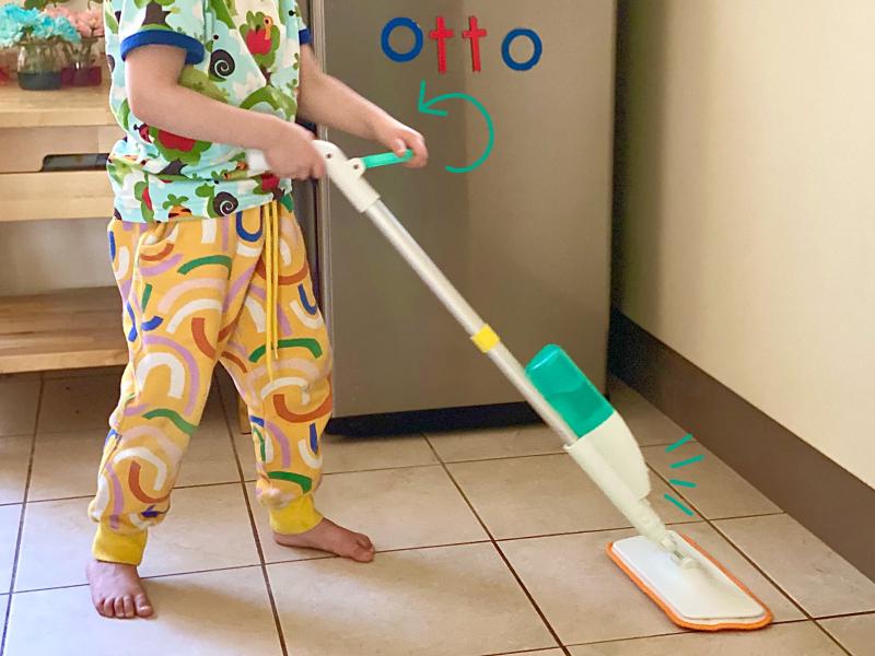 Lovevery spray mop at how we Montessori three year play kit (1)
