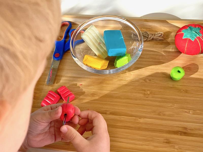 Making FIMO beads at How we Montessori three years preschool (1)