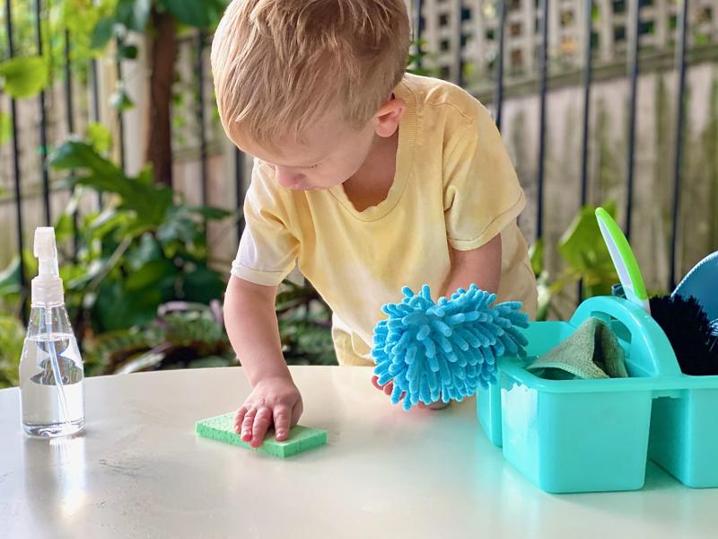Montessori cleaning caddy at how we Montessori under $20 (1)