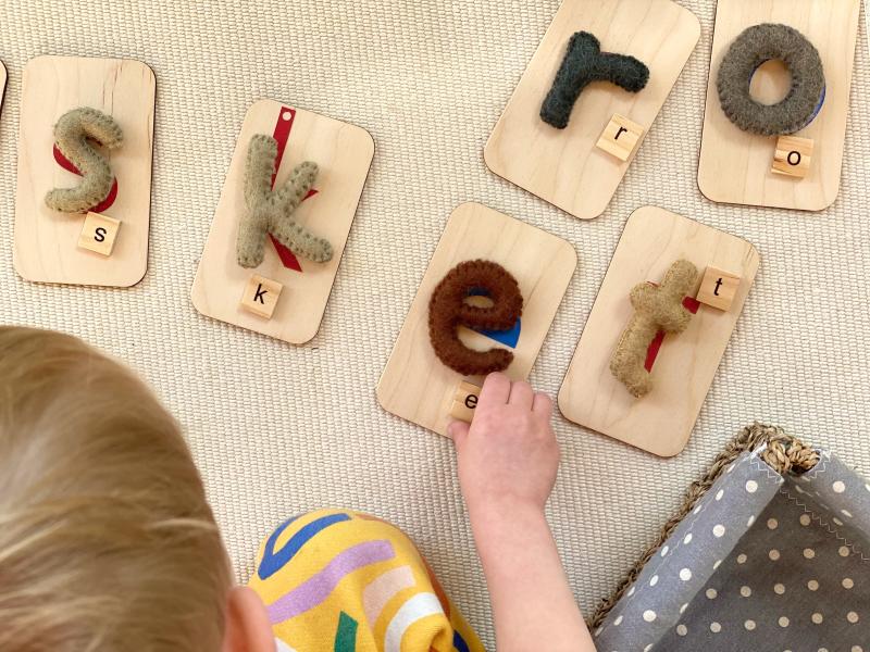 Montessori sandpaper letter match wtih felt letters  letter tiles