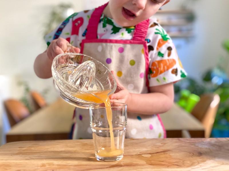 Juicing at How we Montessori