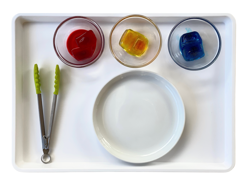 Colour mixing with ice cubes at How we Montessori (1)